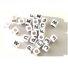 Alphabet Perlen, weiß 100 Stück